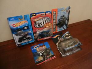 Hot Wheels Batman Lot of 5 Mint In Packages