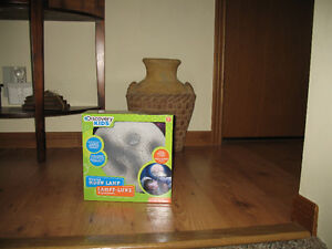Discovery Kids-Glowing Moon Lamp