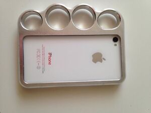 iPhone 4 with knuckle case.  Peterborough Peterborough Area image 6