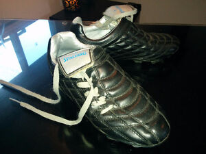 Youth Cleats for sale