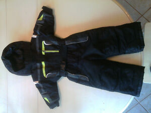 Snowpeak 1piece snowsuit Size 2