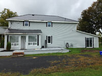 Country Home at edge of town $1150 All inclusive