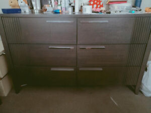 Dresser and night stand for sale