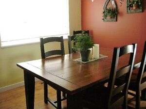 Reclaimed Irish Coast Wood Dining Room Table & Chairs
