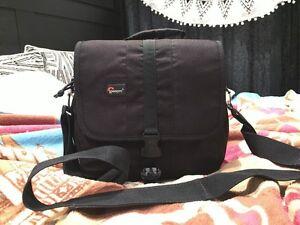 Lowepro Adventura 160 Bag Miranda Sutherland Area Preview