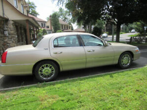 2009  Lincoln Town Car Familiale