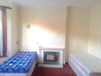 Clean & Bright Double Rooms Available In ILFORD-£480&£600pm