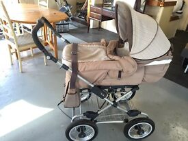 Silver Cross Pram - with lots of extras!!! See description...