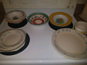 MUST SELL KITCHENWARE
