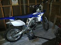 2011 Yamaha YZF 250 4 temps comme neuf