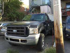 2006 Ford E-250 Pickup Truck