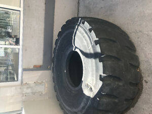 Free Giant tire for flipping (24/24)
