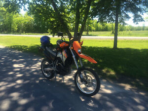 KTM 640 LC4E Dual Sport motorcycle