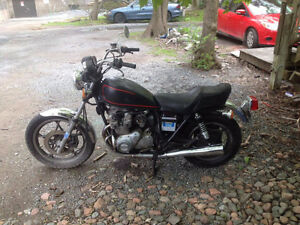 Suzuki Motorcycle For Sale ($1200 or best offer)