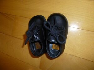 Baby Boy Dress Shoes size 3- Excellent condition