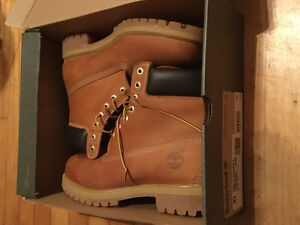 Timberlands Brand new in box Size 10