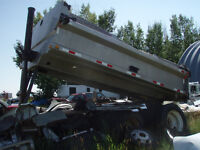 Parting out 1999 Freightliner 112SD  Gravel Truck 104,824km