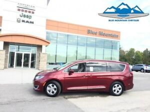 2017 Chrysler Pacifica Touring-L Plus  ACCIDENT FREE, WARRANTY,