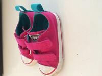 Chaussures Converse pour bébé fille