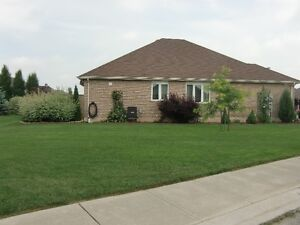 Lawn Maintenance  * Tillsonburg Area * London Ontario image 2