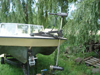 THRUSTER 45 Trolling motor and other accessories get Boat Free