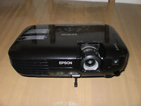 Epson EB-X92 Projector (Requires Bulb) Excellent Condition
