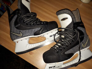 Nike skates. Excellent condition!