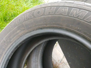 215/60/16 (2x) Yokohama geolander summer tires