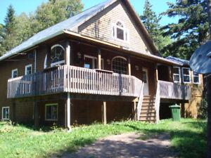 Quiet, Chalet Style Cottage/House in Stanley Bridge