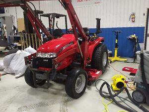 Case Tractor DX33 Diesel, Mower, Loader