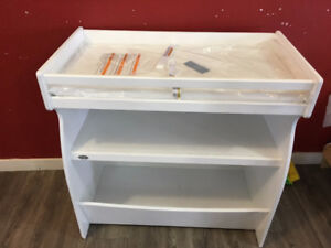 Brand new Diaper Change table