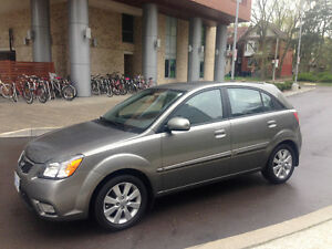 2010 Kia Rio5 -only 57,000 km! manual, mint condition,sunroof,AC