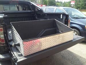 custom designed cargo containment system