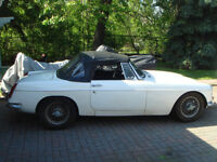 1964 MGB covertiable sports 2dr supre RARE year