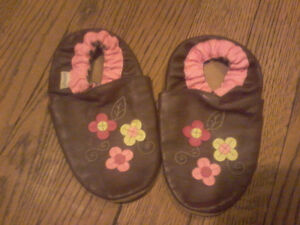 Robeez slippers