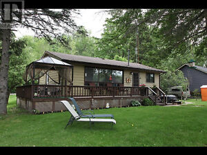 Cottage For Rent Peterborough Summer Wkly $1000 Mthly $2500