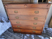 ***PRICE REDUCDED*** ANTIQUE CHEST OF DRAWERS