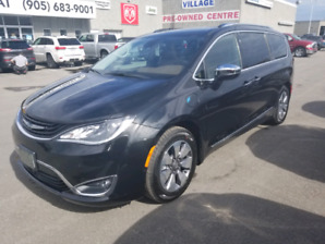 2018 Chrysler pacifica limited  hybrid