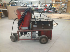 Hotsy Diesel/220V Industrial Heated Pressure Washer