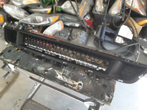 FORD MUSTANG GRILLE CALANDRE GRILL