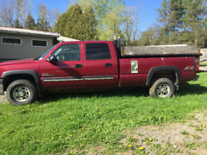 Chevy Crew Cab 4WD-Truck