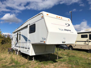 1998 JAYCO DESIGNER 32 ft blow out sale only $1,900