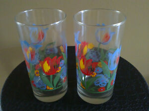 Brand new set of 4 tulip flowers printed glass drinking tumblers London Ontario image 3