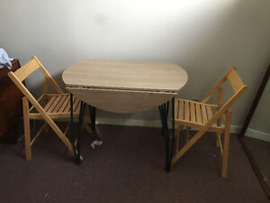 Small table with 2 chairs $30