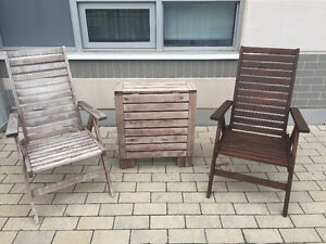 Outdoor patio furniture set: Table + 2 chairs