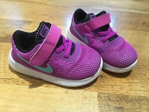 Toddler shoes- Nike size 7