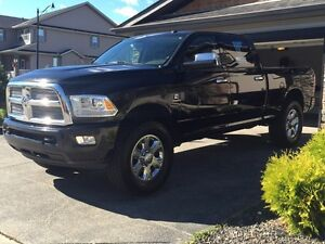 2013 LongHorn Limited 3500 W/Ram Box/Box Cover