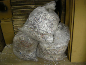 SHREDDED PAPER CAN BE USED FOR SHIPPING / PACKING/ RODENT LITTER