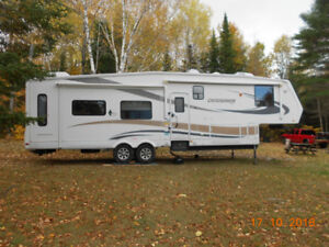 2009 Jayco  Designer 5th wheel  & 2003 Ram Dually  as a package