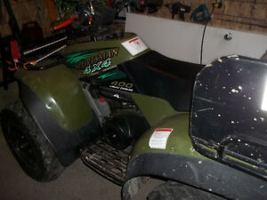 Polaris sportsman 400 2 temps 4x4
